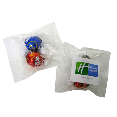 2 Lindor Balls in Cello Bag